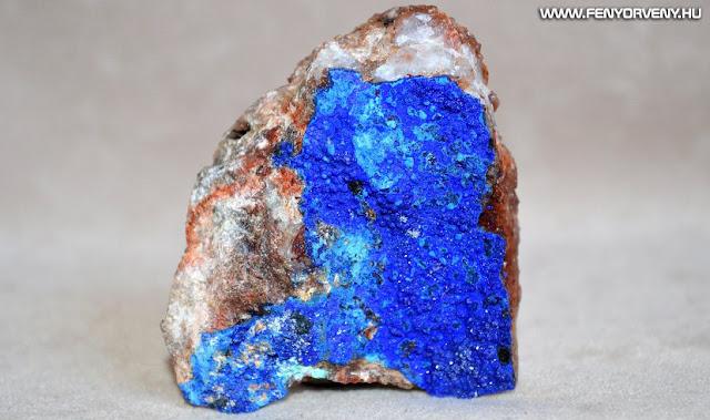 Kristálygyógyászat/Gyógyító kövek: Azurit