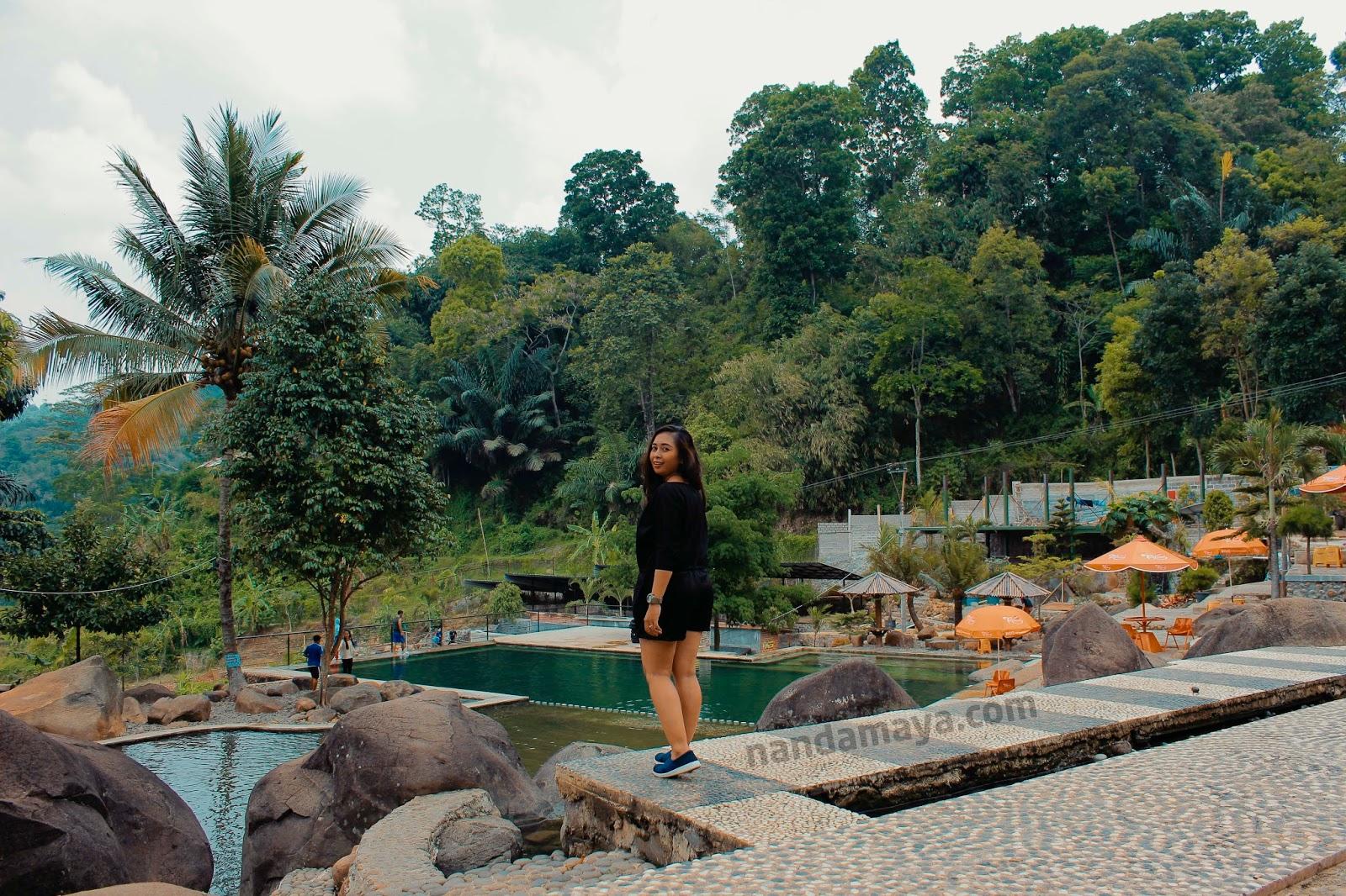 wisata alam taman batu kabupaten purwakarta jawa barat Taman Batu Cijanun Sejuk Dan Nyaman Banget
