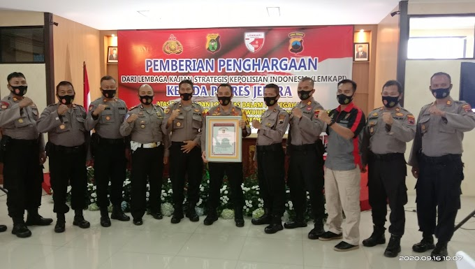Polres Jepara mendapatkan Penghargaan Pertama Dari Lembaga Kajian Strategis Kepolisian Republik Indonesia LEMKAPI