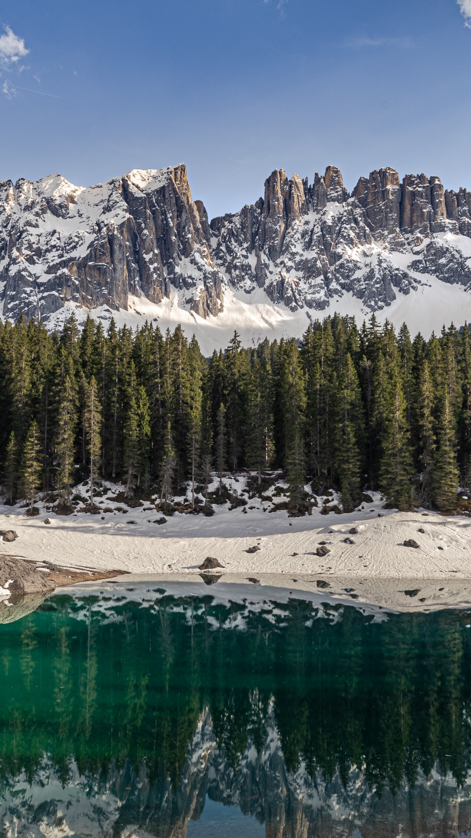 beautiful lake landscape photo lock screen wallpaper for phone