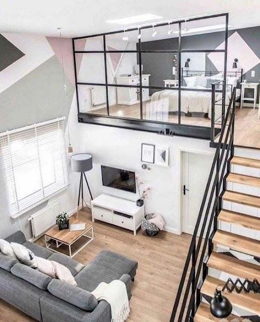 Loft moderno com paredes de vidro