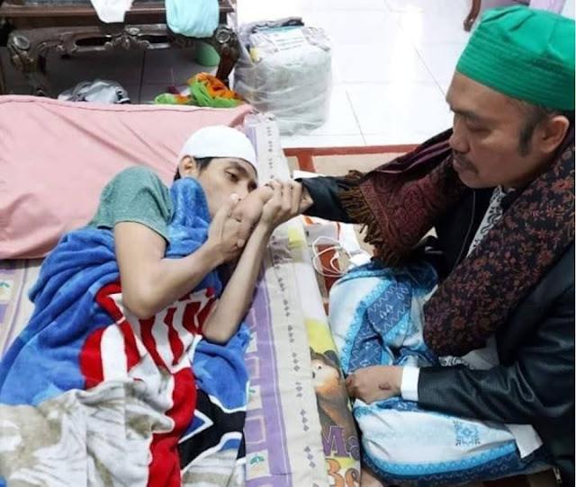 Ustadz Maaher At Thuwailibi Sakit Apa