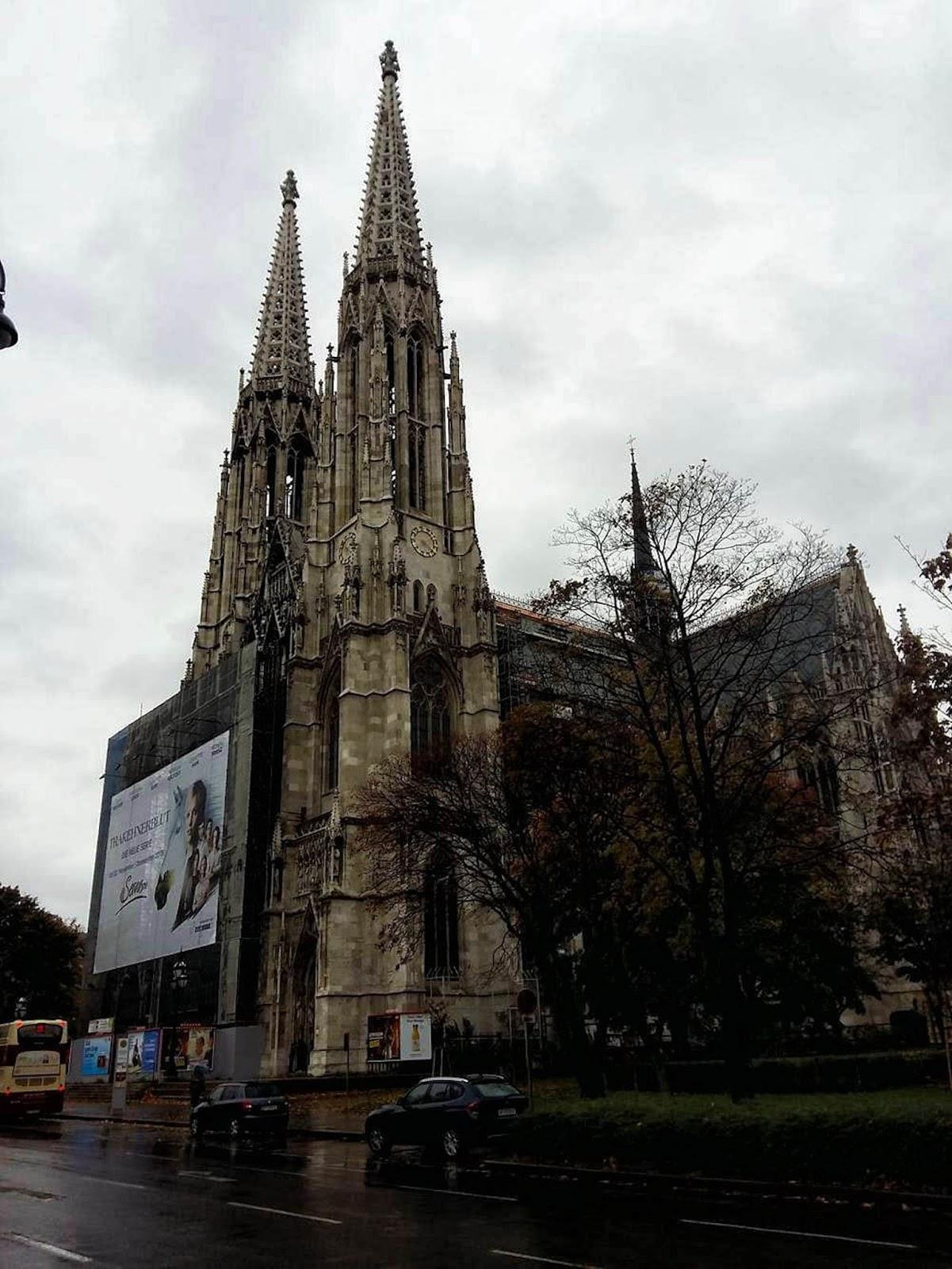 Wiedeń w jeden dzień, wycieczka do Wiednia, Wiedeń kościół wotywny