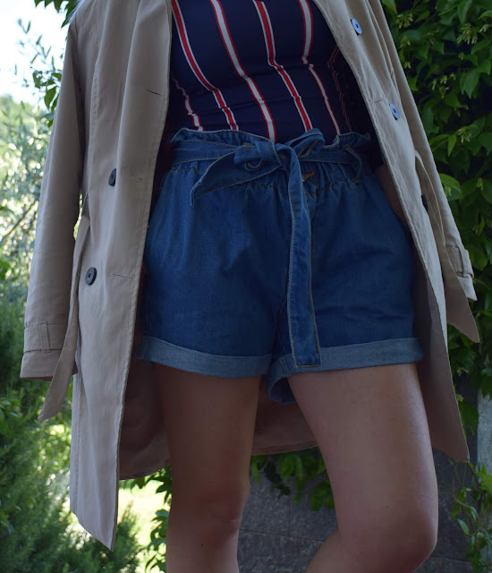 shorts a vita alta come abbinare gli shorts a vita alta outfit preppy outfit primaverile outfit primaverile casual mariafelicia magno fashion blogger colorblock by felym fashion blogger italiane blog di moda fashion bloggers italy italian fashion blogger how to wear high waisted shorts how to wear denim shorts