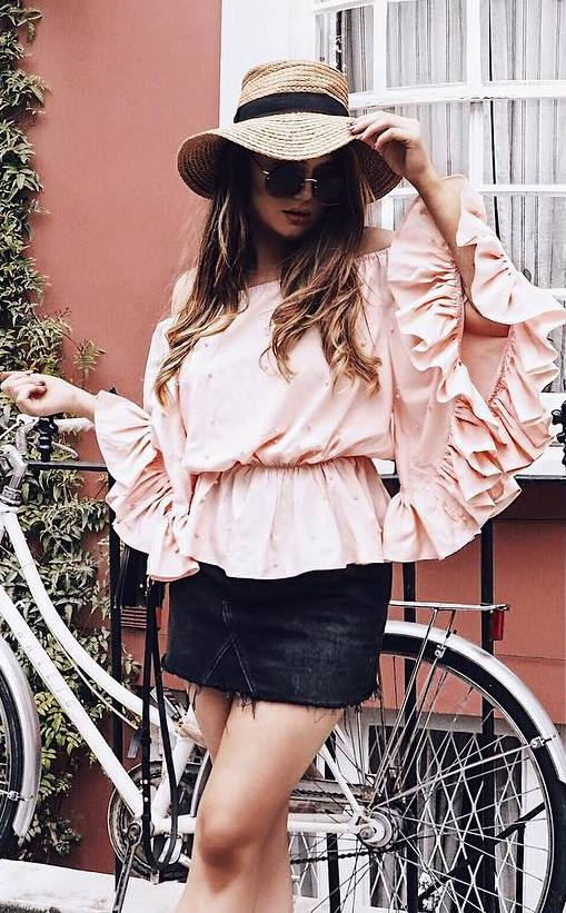 beautiful outfit: hat + top + skirt