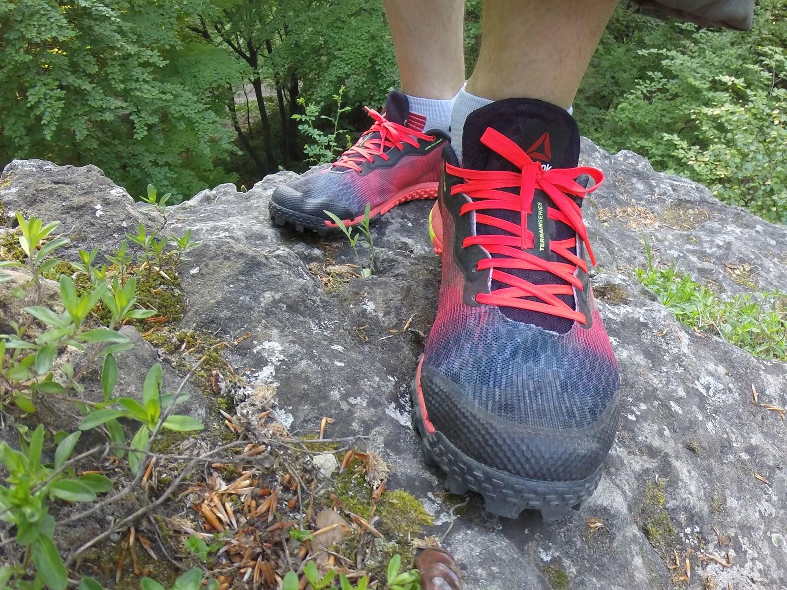 3ce7fdd435e8db Моє туристичне взуття пройшло еволюцію, і при виборі кросівок на сезон  пізня весна-літо - рання осінь, визначив для себе наступні критерії: