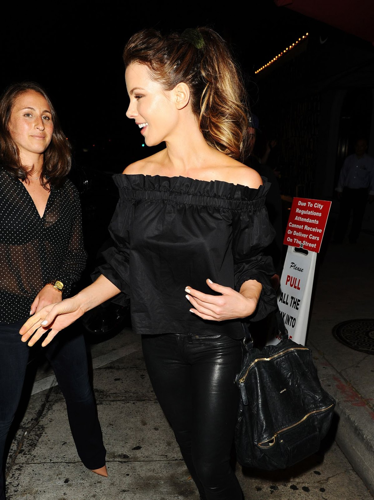 Lovely Ladies In Leather Kate Beckinsale In Leather Pants