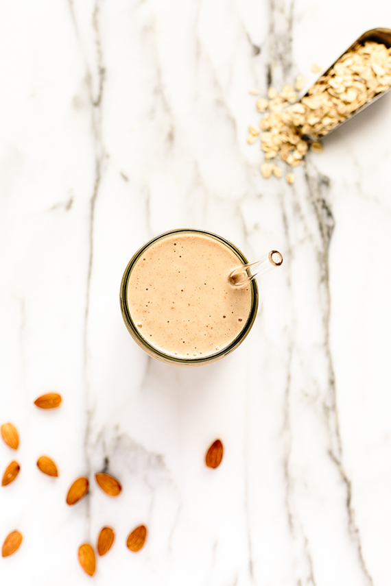 Oatmeal cookie smoothie recipe by Blissful Basil