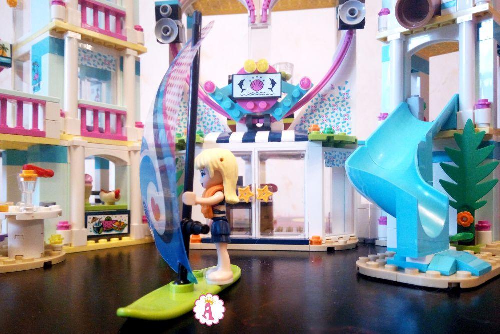 Аквапарк Лего Френдс на курорте Хартлейк Сити катание на паруснике