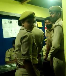बिना मास्क घूम रही महिला सिपाही को टोकना छात्रा को पड़ा भारी, पहले तोड़ा मोबाइल, फिर दी जान से मारने की धमकी
