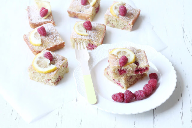 Brownies al limone e lamponi