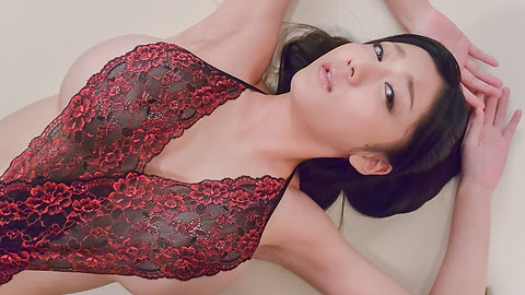 Cock sucking beauty enjoys cum on her sweet face