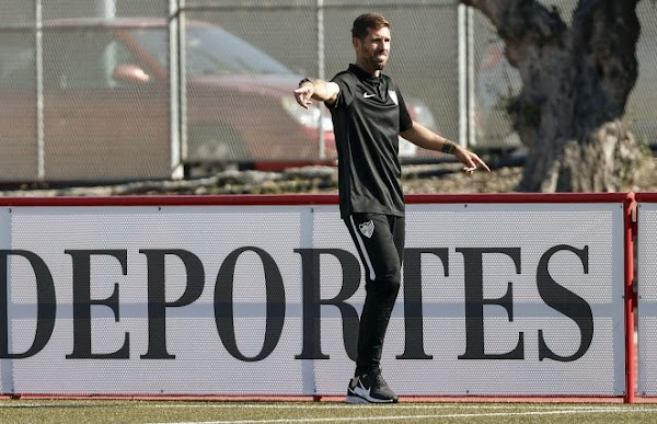 """Javi Ramos - Málaga CF Femenino -: """"El punto no es suficiente, pero seguimos con opciones"""""""