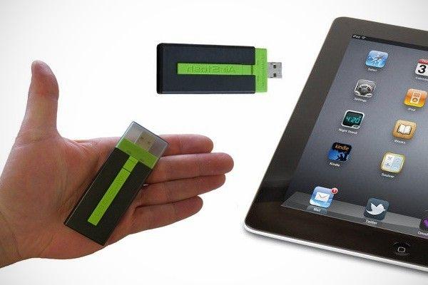 Maxell AirStash Wireless Flash Drive