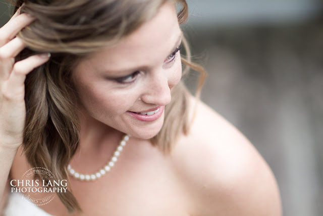 River-Landing-Wedding-Photographers-pictures-brides-wedding-dress