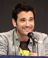 What is the height of Colin Donnell?