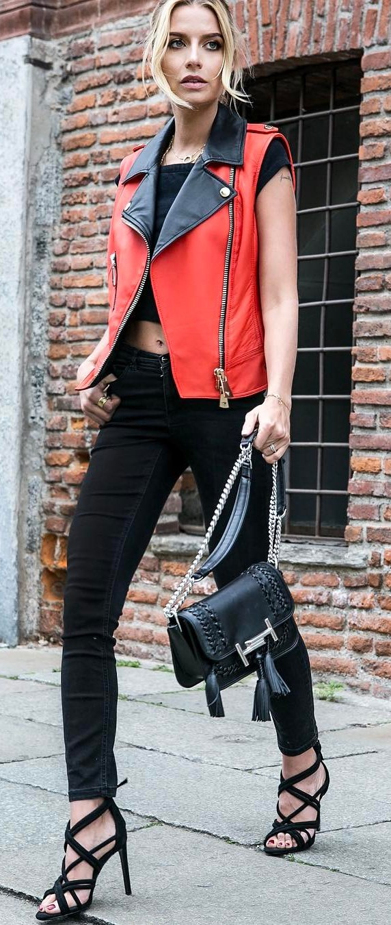 street style addict / leather vest + top + bag + black skinnies + heels