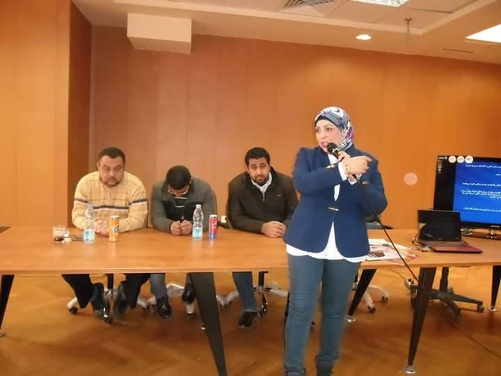 """"""" رحلة مع وسائل الاعلام """" شعار ندوة مدارس النيل الدولية للغات بمحافظة المنيا"""