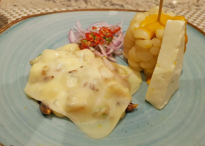 Choclo con queso, prato típico Andino