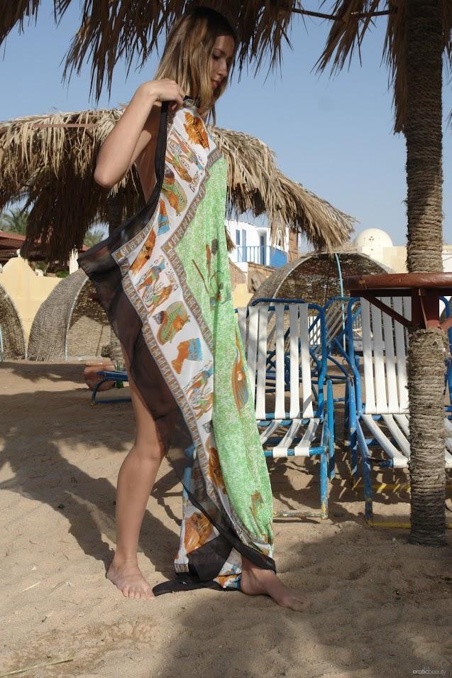1497807751_alizeya-a-beach-lover [EroticBeauty] Alizeya A - Beach Lover