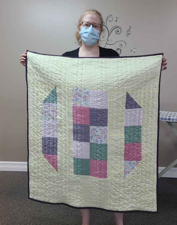 Deanne's first quilt | DevotedQuilter.com