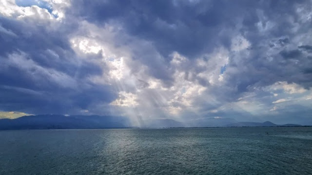 Αλλάζει ο καιρός με βροχές και πτώση της θερμοκρασίας - Πρόγνωση μέχρι την Παρασκευή