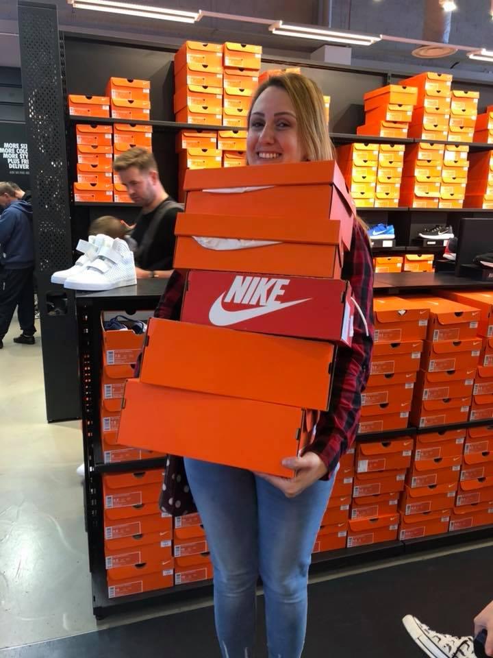 Ruina Empleado éxtasis  Tá na Europa: Outlet da Nike em Blanchardstown