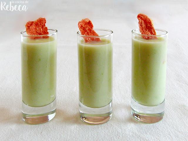 Sopa fría de melón con crujiente de jamón