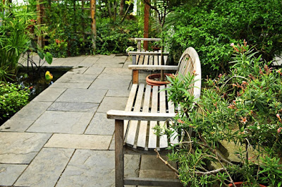 Як облаштувати подвір'я (фото, відео)