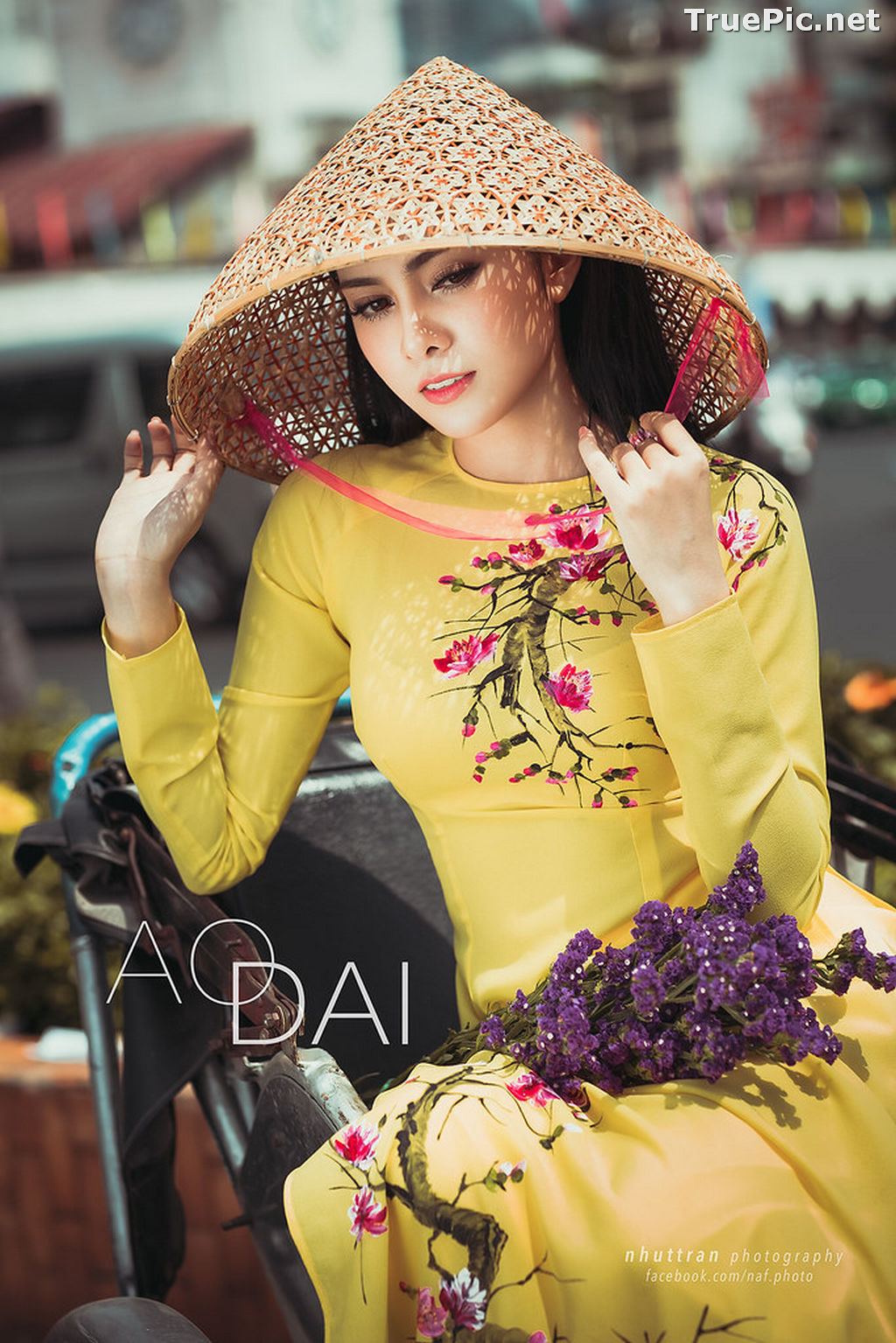 Image The Beauty of Vietnamese Girls with Traditional Dress (Ao Dai) #5 - TruePic.net - Picture-6