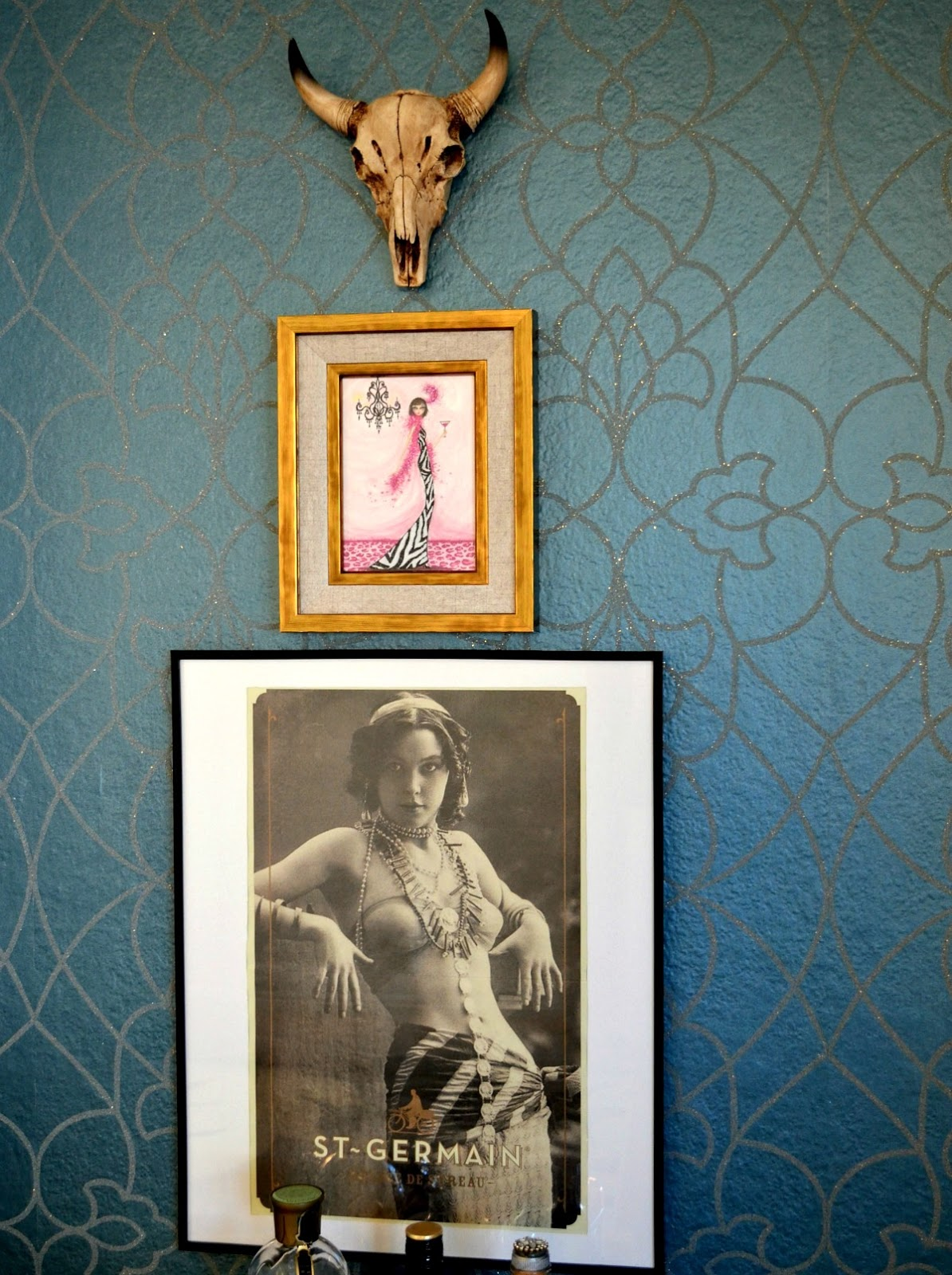 Candice-Olson-York-crystal-bead-motif-detail-Wallpaper-Bar-Nook's-Wall