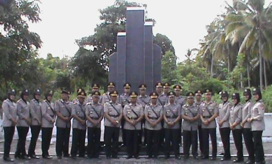 HUT Bhayangkara-73, Polres Kepulauan Selayar, Ziarah Ke TMP Barugaia