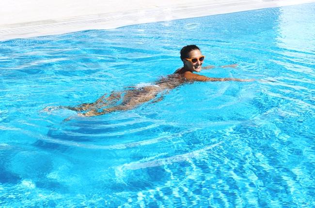 How to achieve (and keep) holiday tan: best Sunscreen/Tanning Products.Kako sacuvati preplanulu boju koze, najbolji proizvodi za suncanje i tamnjenje.