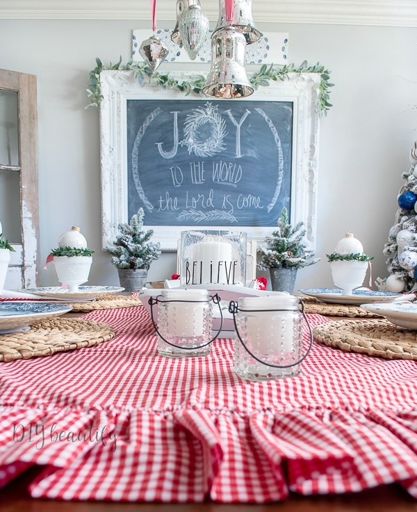 Bright And Festive Christmas Dining Table