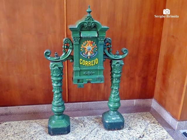 Close-up de Caixa de correio antiga - Palácio dos Correios SP - Centro - São Paulo