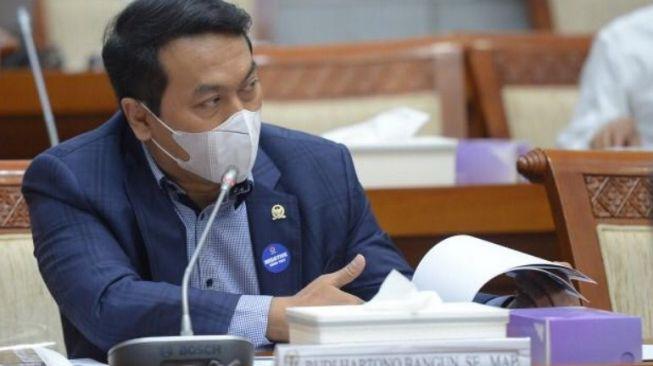 Banyak Kejanggalan, DPR Pertanyakan Tambahan Anggaran Penanganan Karhutla Mencapai Rp1,084 T