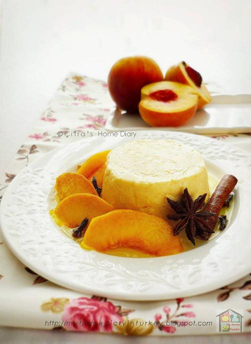 Peach Cheese Panna Cotta | Çitra's Home Diary. #pannacotta #peachcompote #dessertpeach #peach #pudding #creamysweets