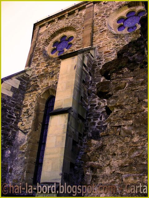 zid biserica carta