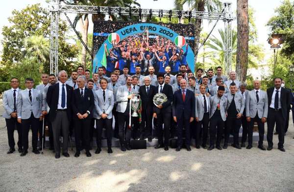 Euro '21: azzurri da campioni a cavalieri della Repubblica