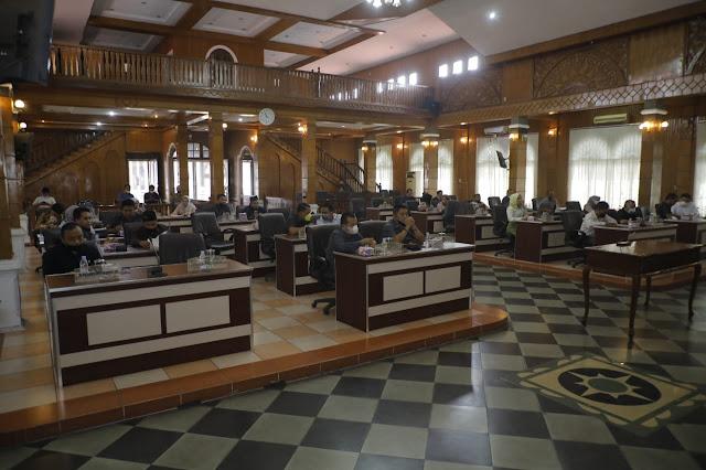 Tujuh Fraksi DPRD Setujui Ranperda Tentang Pertanggungjawaban Pelaksanaan APBD Kabupaten Asahan TA 2020 Menjadi Perda Kabupaten Asahan.