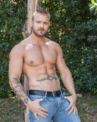 Hot 6 Pack Abs Male Model Actor Austin Wolf