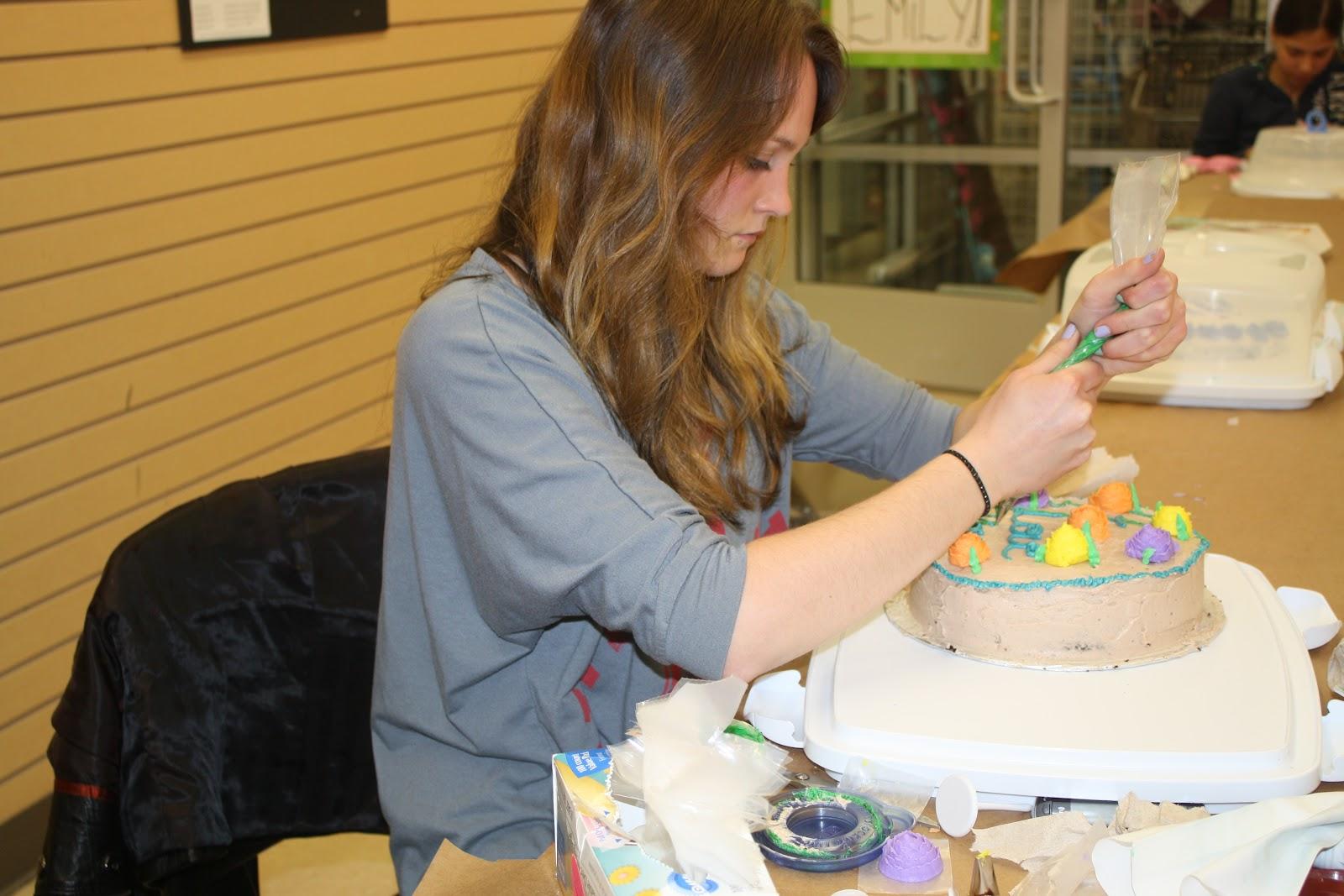 Cake Decorating Classes Michaels Ice Cream Cup Cakes