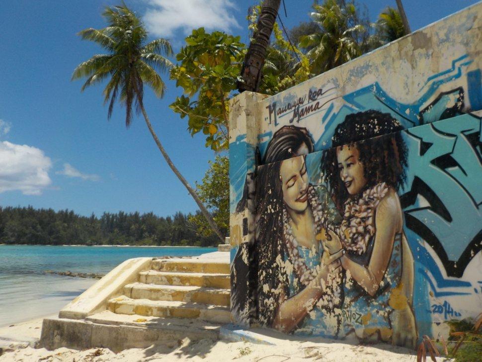 Beach Art Tahiti
