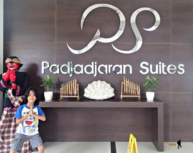Keliling Bogor, Menginapnya di Padjadjaran Suites Hotel & Conference