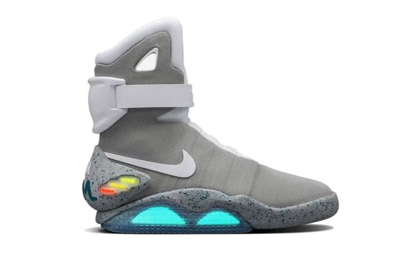 """Nike Air Mag """"Back to the Future"""" 2011"""