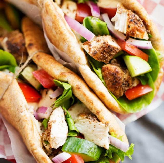Chicken Hummus Naan Wraps #dinner #lunch