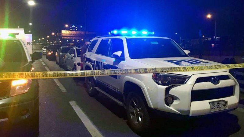 Detective asaltada alcanzó a dispararle a su atacante