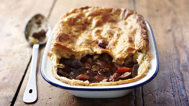 The BEST Steak & Ale Pie Recipe