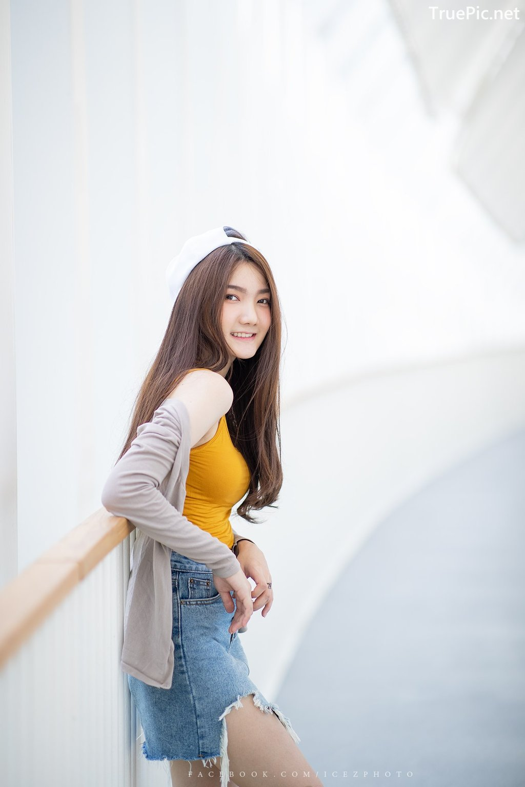 Image-Thailand-Cute-Model-Creammy-Chanama-Beautiful-Angel-In-Flower-Garden-TruePic.net- Picture-3