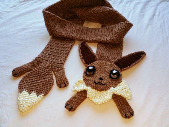 Pokemon Go Freak Crochet Mientras Cuchufleta Duerme